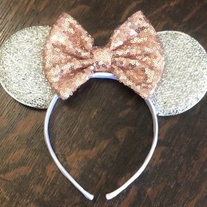 Silver sparkly Mickey ears with rose gold bow!